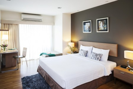 viva-garden-serviced-residence-rooms-one-bedroom-executive-image04