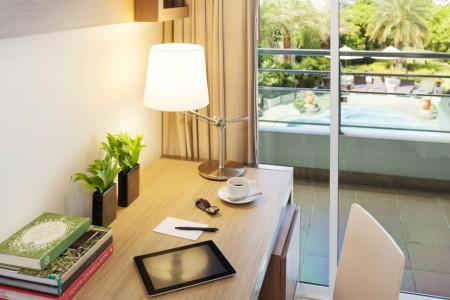 viva-garden-serviced-residence-rooms-two-bedroom-executive-image04